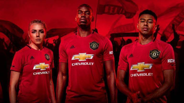 Manchester United's 2019/20 home kit honours '98/99 treble-winning side