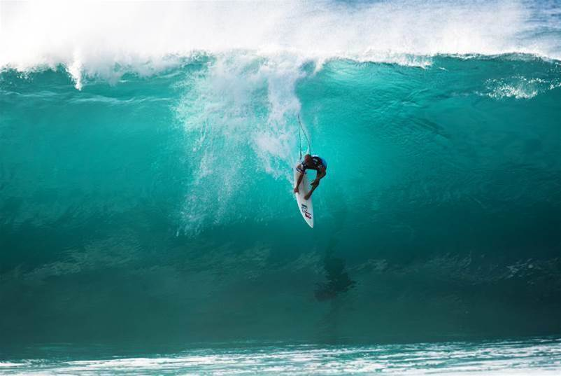 Will Hurricane Kelly Wipe Out the Title Contenders at Pipe?