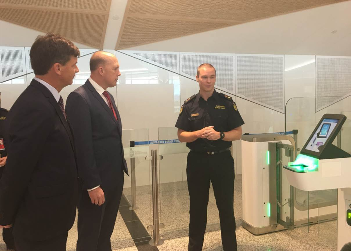 Canberra airport smartgates first to go contactless