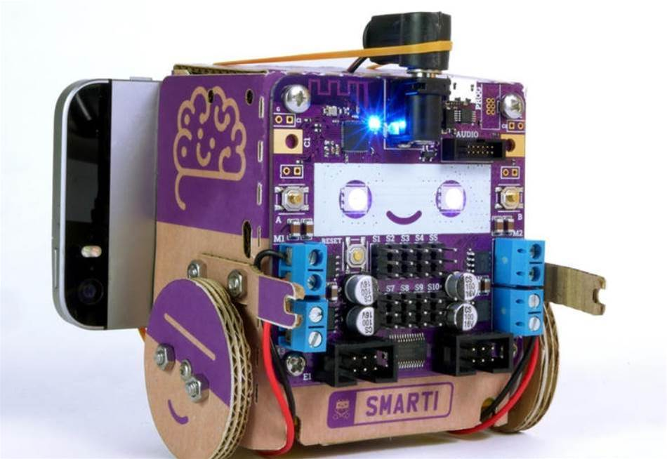 Smartibot is an AI-enabled robot you build yourself, out of card – or a potato
