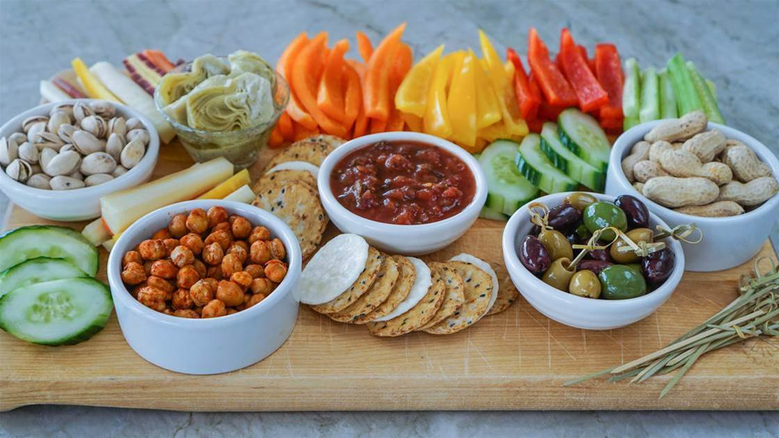 7 Healthy Snack Ingredients That Will Keep You Satisfied
