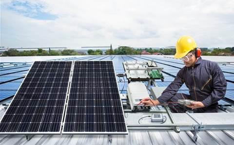 Thousands of Australians to get smart-energy invitation