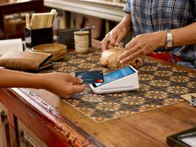Square goes up against Aussie banks with new eftpos terminal