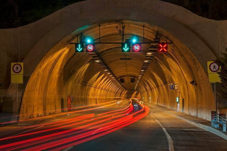 "Transurban must publish ""important"" traffic data for WestConnex bid"