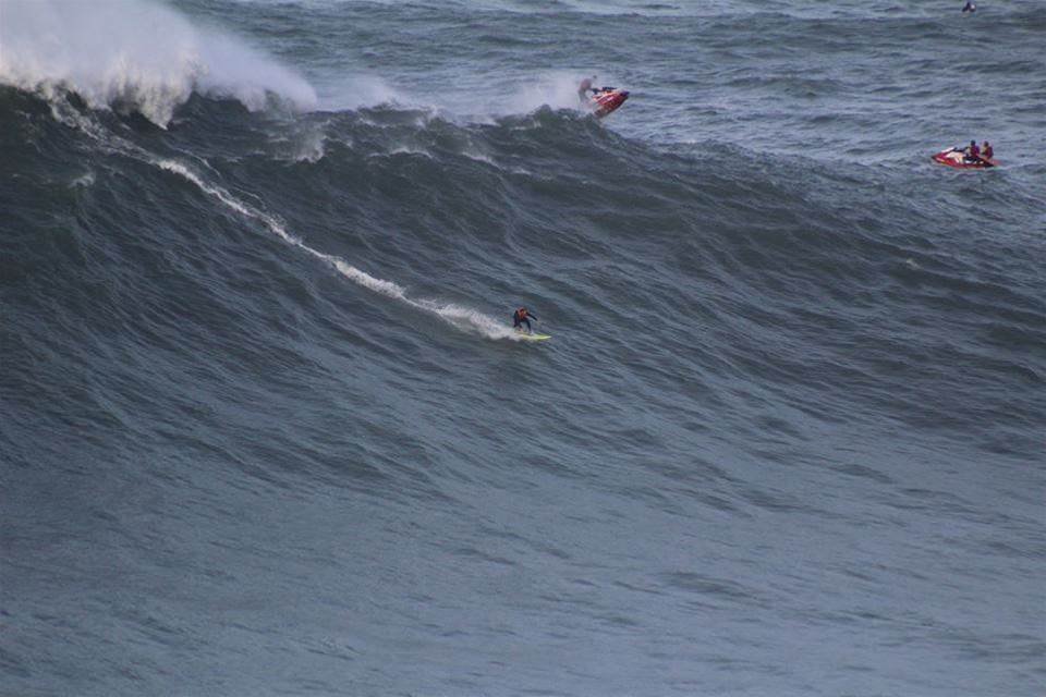 How To Make A Nazaré Tow Board With Dylan Longbottom