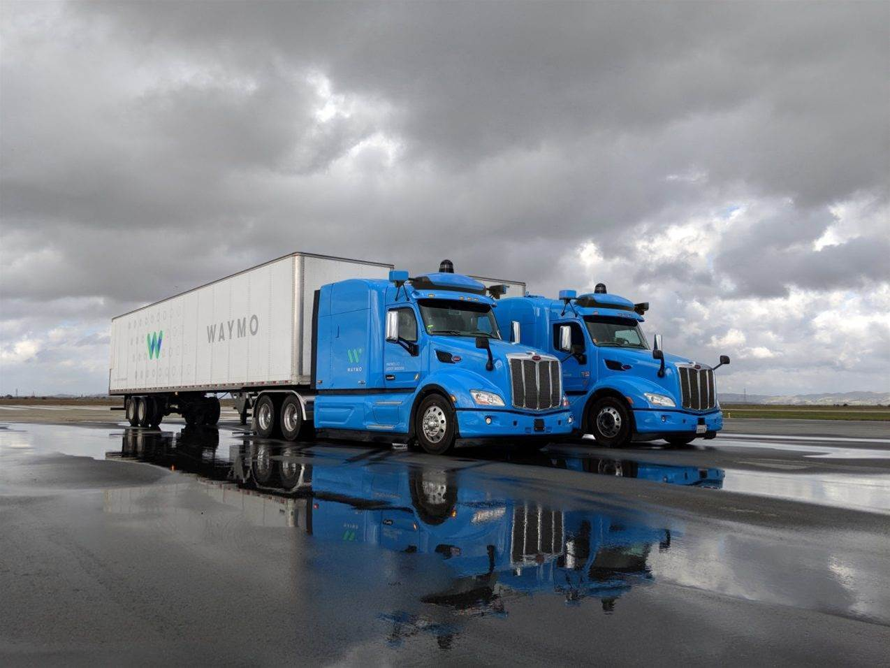 Waymo's self-driving trucks to haul cargo for Google data centres