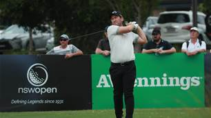 Josh Younger seizes Indonesian Masters lead