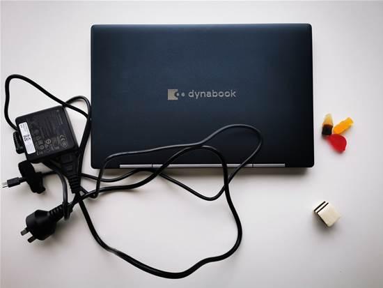 Review del portátil Dynabook Portégé X30W-J 2 en 1 - Hardware
