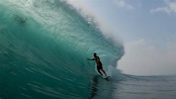 Watch Brent Dorrington Plaster Himself All Over Indo