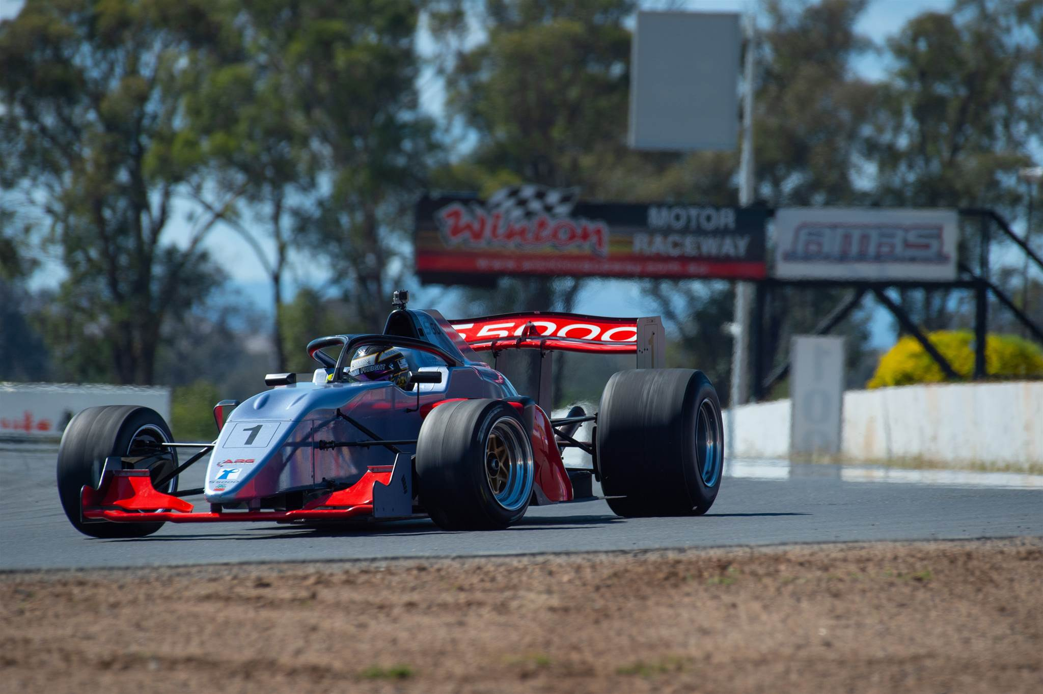 S5000 tests at Winton
