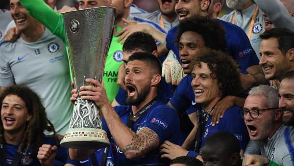 Watch! Chelsea thrash Arsenal in final