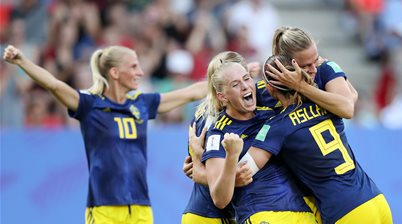 Watch! Sweden breaks German hearts