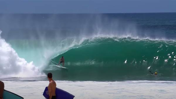 Watch: Jordy Smith and Local Chargers Score Perfect Late, Late Season Pipe
