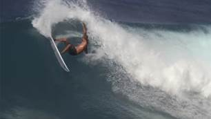 Watch: A Timeless Kelly Slater Surfing on the North Shore in 2020