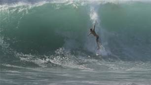 Watch: Morgan Cibilic Star in a Heavy Hawaiian Sandbank Session