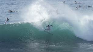Watch: Zeke Lau Obliterate Pumping Honolua Bay