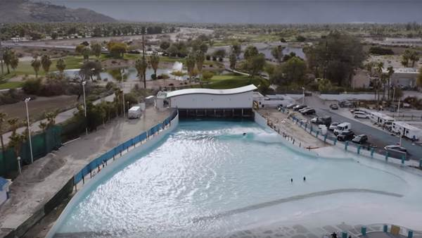 Watch Dylan Graves Surf the New Palm Springs Wave Pool
