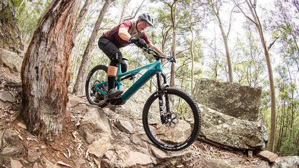 TESTED: Canyon Spectral:ON CF 8 e-bike
