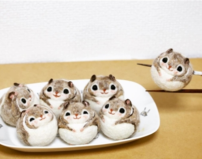 yurico momo's felted flying squirrels