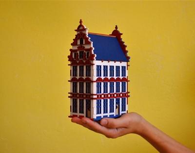 dima pokrovsky's miniature houses