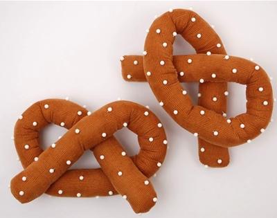 diy pretzel pin cushion