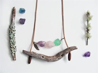 luu driftwood necklaces