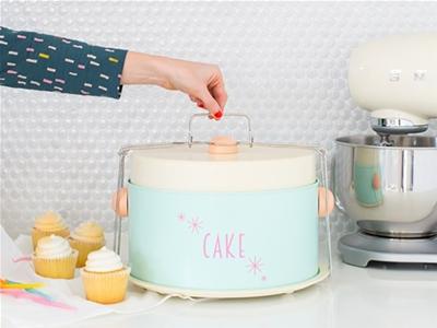 diy retro cake carrier
