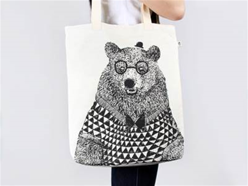 stuff mondays - monster threads tote bags