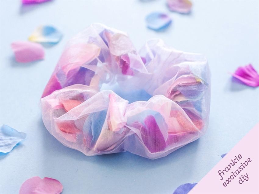 frankie exclusive diy: floral scrunchie