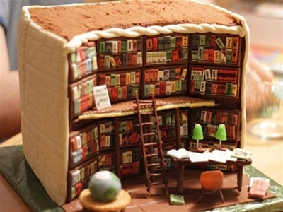 a very bookish cake