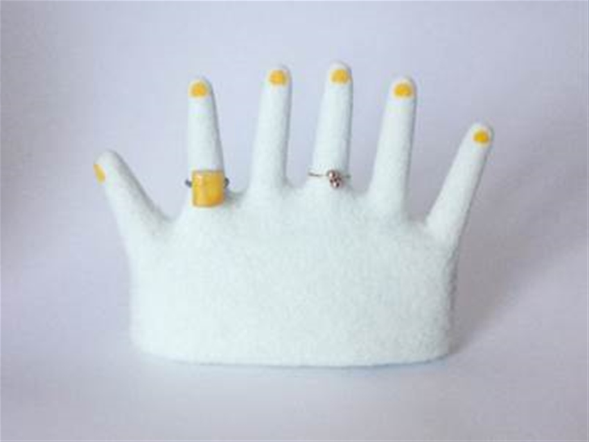six-fingered ring holder