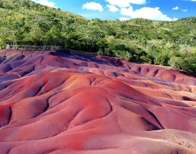 chamarel's seven coloured earth