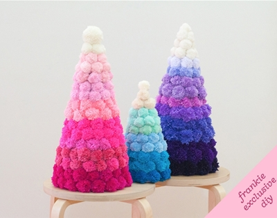 diy ombre pom pom christmas tree