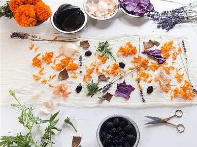 diy naturally-dyed table runner