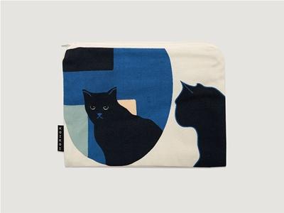 koikoi studio's kitty reflection pouch