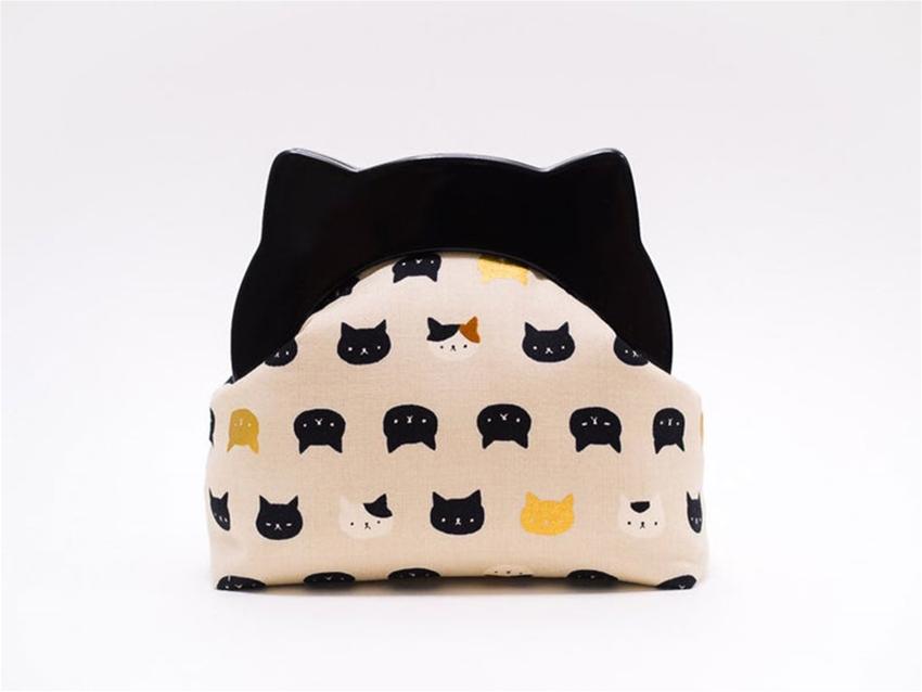 boejack design's cat clutch