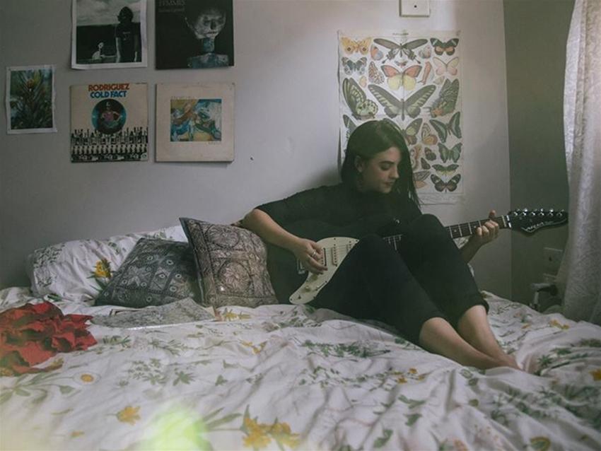 tunesday – greta stanley premiere + interview