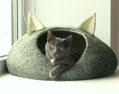 agnes felt cat caves