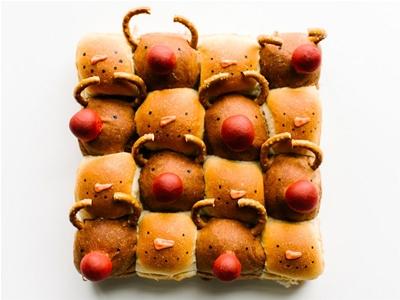 yummy reindeer rolls