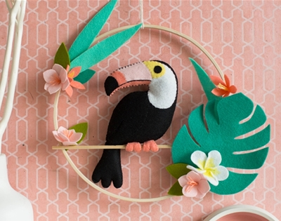 diy felt toucan wall art