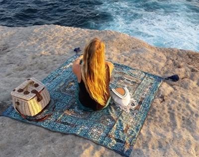 wandering folk picnic rugs