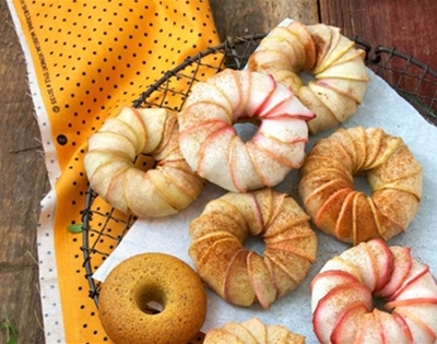 pumpkin cake apple turbans (gluten free!)