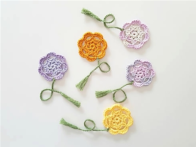 crocheted flower bookmarks