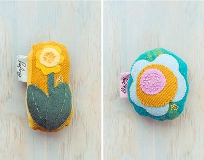 alca jay's floral rattles