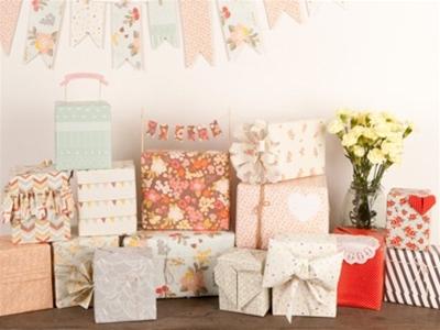 stuff mondays - love mae wrapping paper