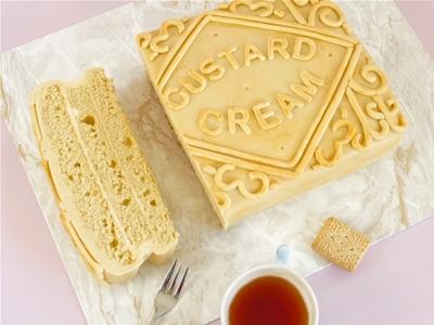 diy giant custard cream cake