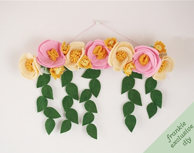 frankie exclusive diy: felt flower wall hanging