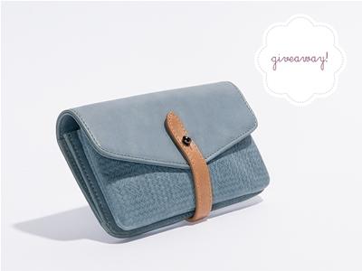 stuff mondays – harlequin belle wallet