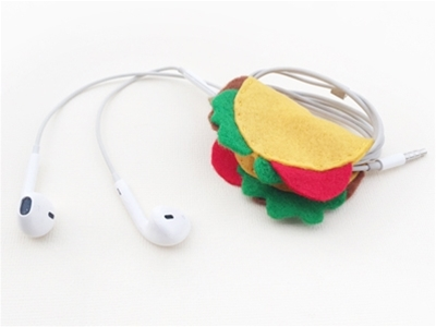 frankie exclusive diy: tiny taco headphone holder