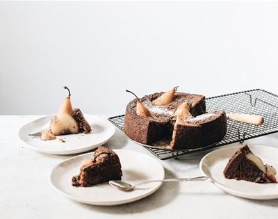 sticky date olive oil cake